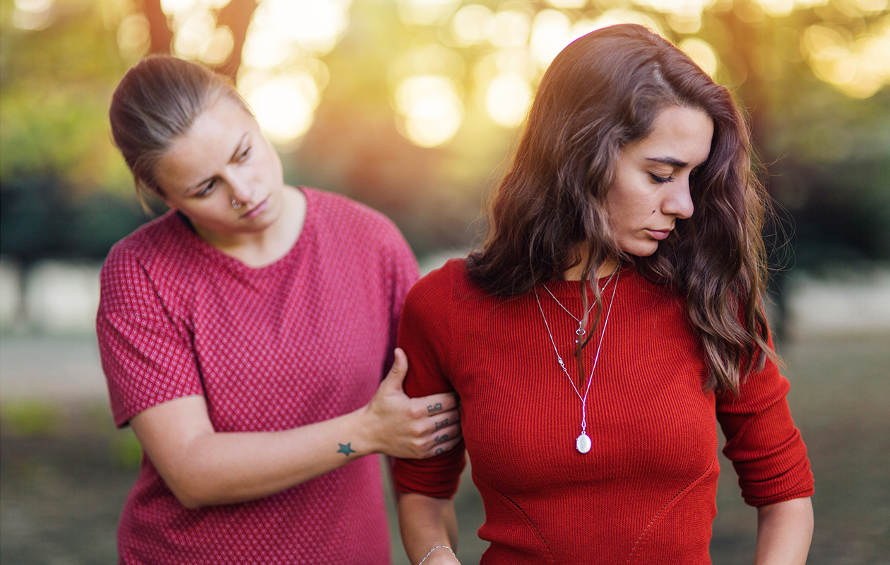 Narsistiystävä hyväksikäyttää ystävyyttä – näin selviät kuluttavasta ihmissuhteesta