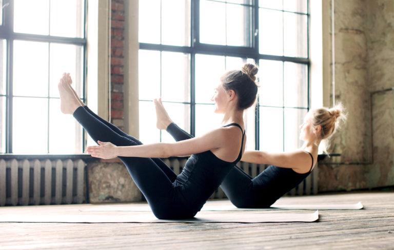 Vatsa kiinteäksi ja litteäksi joogan avulla – 6 jooga-asentoa vatsalihaksille