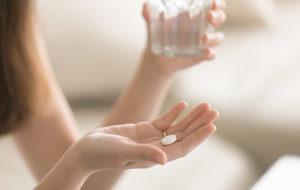Voiko vitamiineista saada yliannostuksen? Tällaisia oireita vitamiinien liiallinen syöminen voi aiheuttaa
