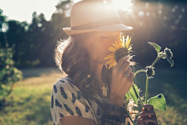 Täydellisyyteen tähtäävä ihminen voi vaikuttaa ulospäin vahvalta ja menestyneeltä.