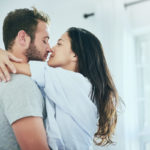 Toimivassa parisuhteessa molemmat saavat tuntea olevansa rakastettuja.