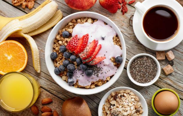 Monipuolinen aamiainen ei ole välttämättömyys.
