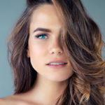 Syksyllä omaan hiusväriin halutaan uutta syvyyttä.  Pehmeät ja lämpimät sävyt ovat suosittuja.