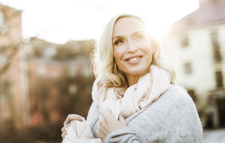 """Rakastunut Jutta Gustafsberg: """"Juuri nyt kaikki asiat ovat todella hyvin"""""""