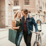 Sydämen sivistystä omaava kumppani on huomaavainen ja empaattinen.