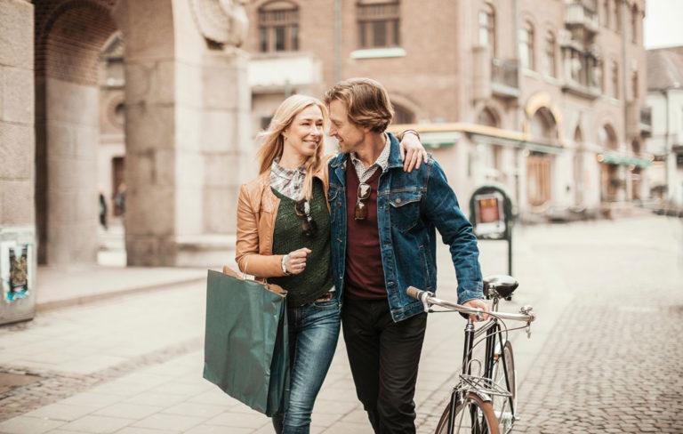 6 merkkiä, joista tiedät, että kumppanillasi on sydämen sivistystä