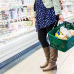 Pienellä ruokabudjetilla kaupasta ei voi ostaa kaikkea haluamaansa.