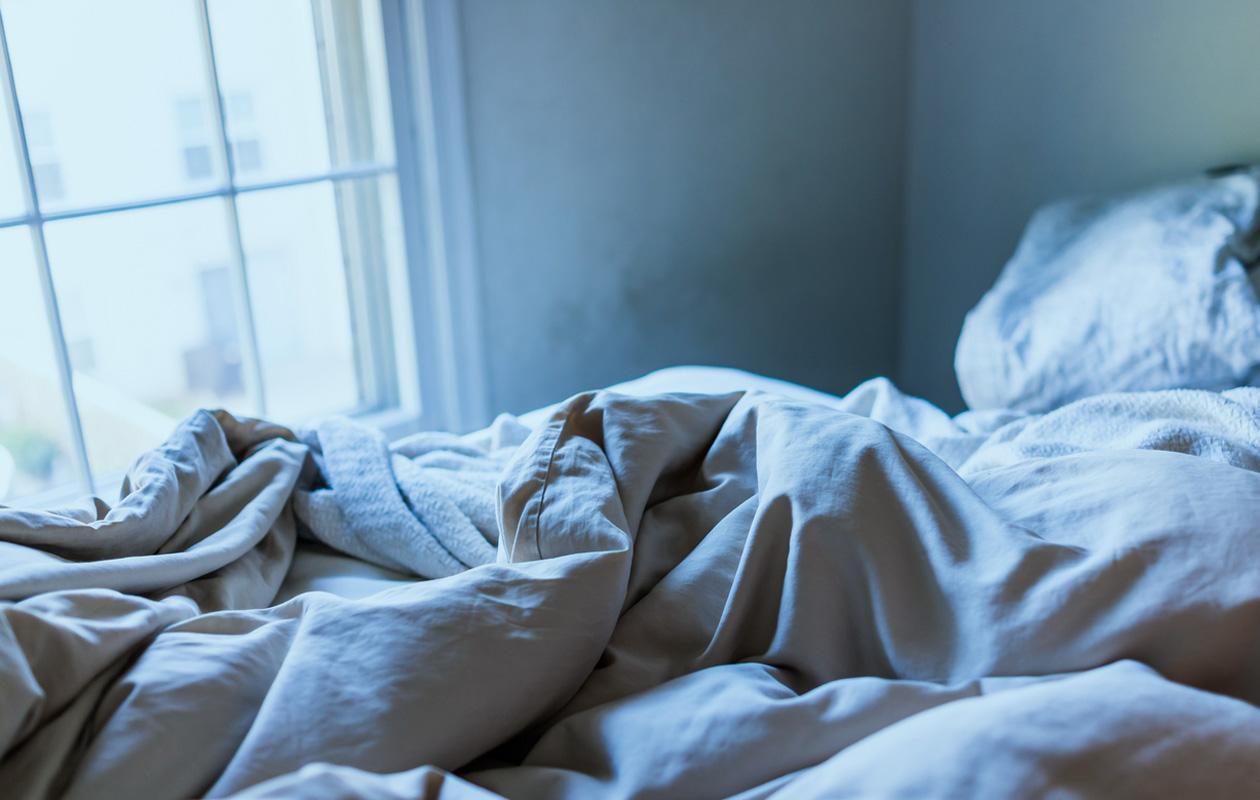 Näin petaat kauniin sängyn ylellisesti ja kauniisti: