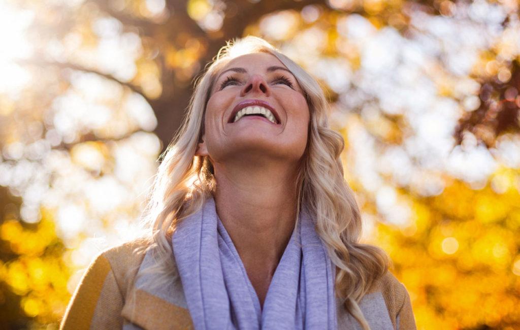Vaihdevuodet mukanaan tuomine muutoksineen alkavat yleensä 45–58-ikävuoden välillä