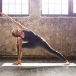 Jooga voi helpottaa kipuja, pienentää stressiä ja kehon tulehdustilaa.