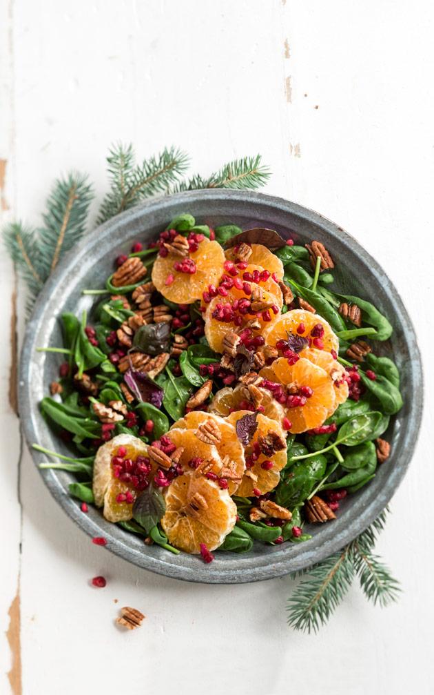 mandariini-granaattiomena-saksanpähknasalaatti