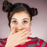 Proput voivat aiheuttaa pahanhajuista hengitystä ja epämukavaa tunnetta kurkussa.