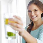 Riittävästä veden juomisesta huolehtiminen on kenties yksi helpoimpia tapoja tehostaa aineenvaihduntaa.