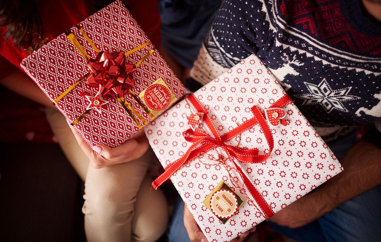 Mitä sait kumppaniltasi lahjaksi? Tämän se kertoo parisuhteestanne