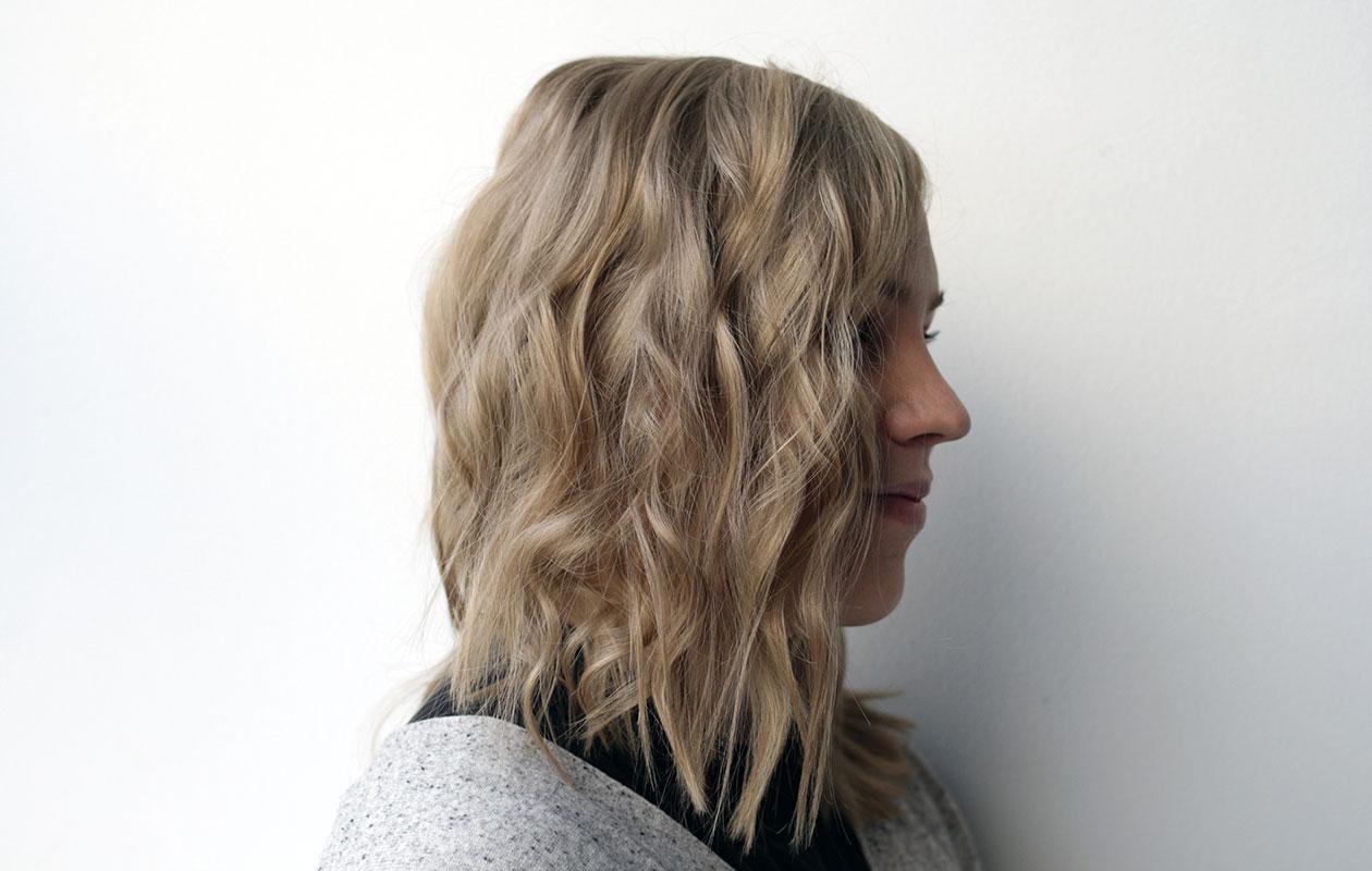 Tällä tulee helposti ja vaivattomasti vahvat kiharat. Erilaisia kiharoita  on helppo tehdä hiusosion paksuutta muuttamalla. Mitä enemmän hiusta  osiossa on d783b577b2