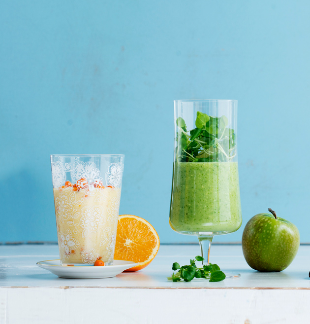 mango-ananassmoothie juotava lounassalaatti
