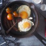 Gochujang-chilikastike antaa ihanasti uutta makua lähes ruokaan kuin ruokaan.
