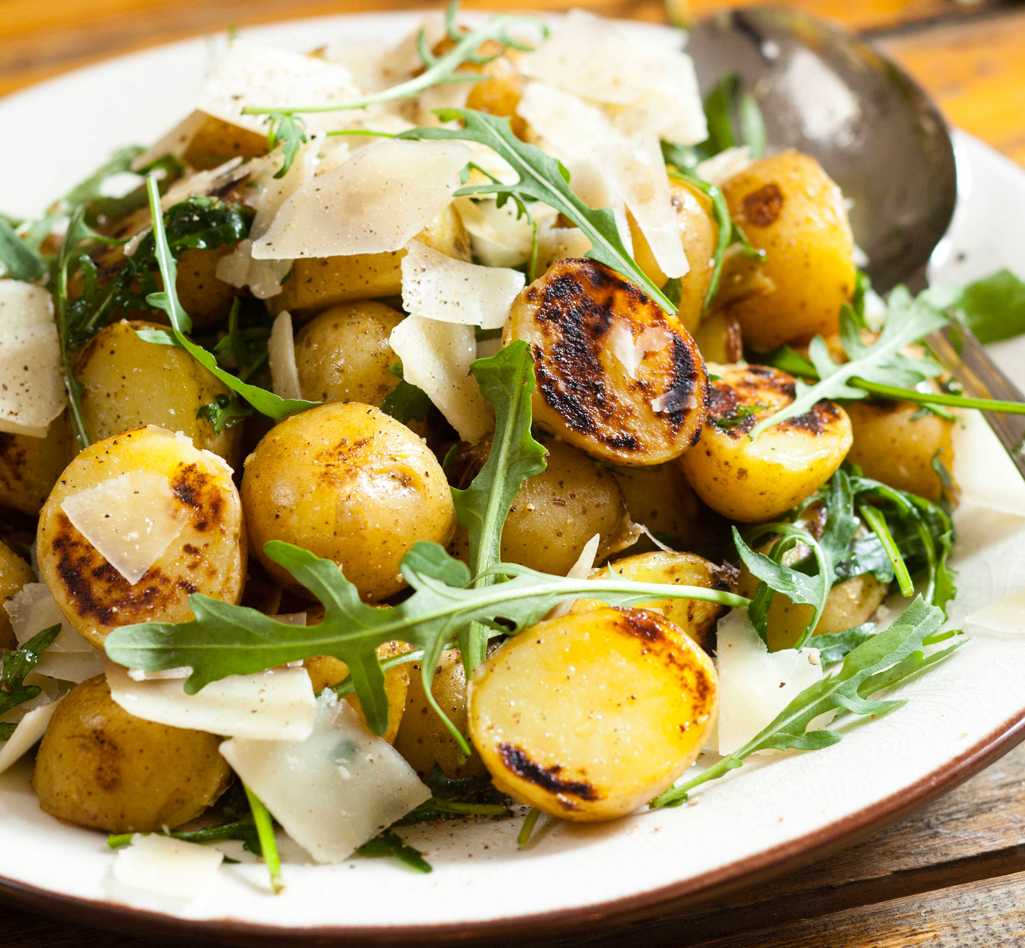 grillattu perunasalaatti