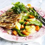 Mitä ruoaksi mökkiviikolla? Koostimme helpot ja herkulliset resepti-ideat viikon jokaiselle päivälle.