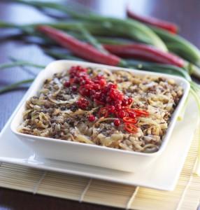 Helppo soijakaalilaatikko ja inkivääri-chilipuolukoita