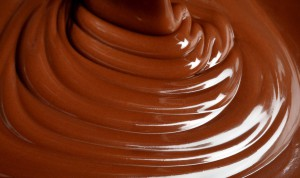 suklaa-kinuskikastike
