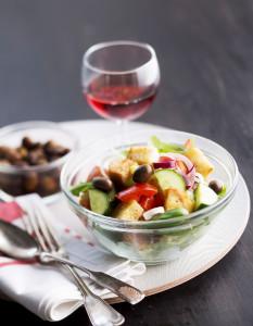 panzanella-salaatti