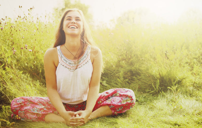 Paranna mielesi joogalla – 7 masennusta ja ahdistusta helpottavaa jooga-asentoa